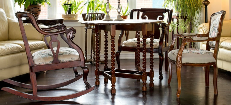 How to repair a dining chair